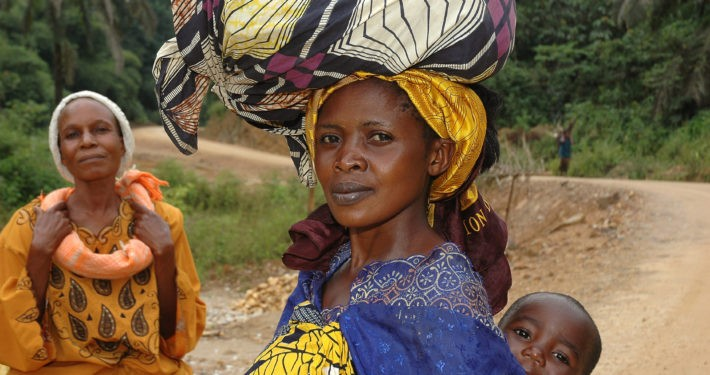 Frau mit Sohn_©Meissner/Welthungerhilfe