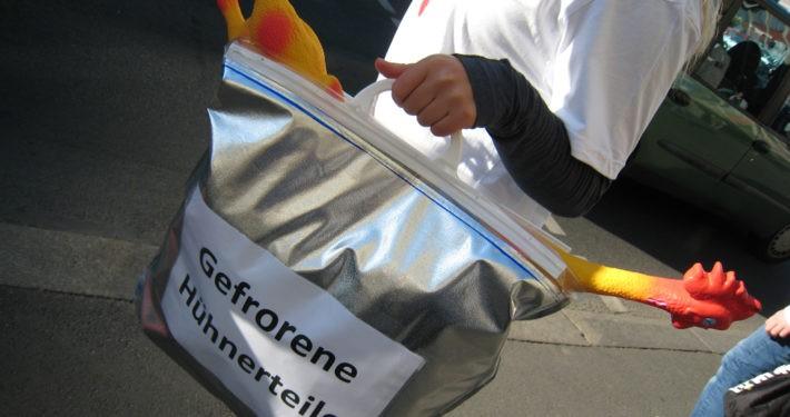 Unsere Straßenaktion 2011 zum Thema ungerechte Handelsbeziehungen._©GEMEINSAM FÜR AFRIKA