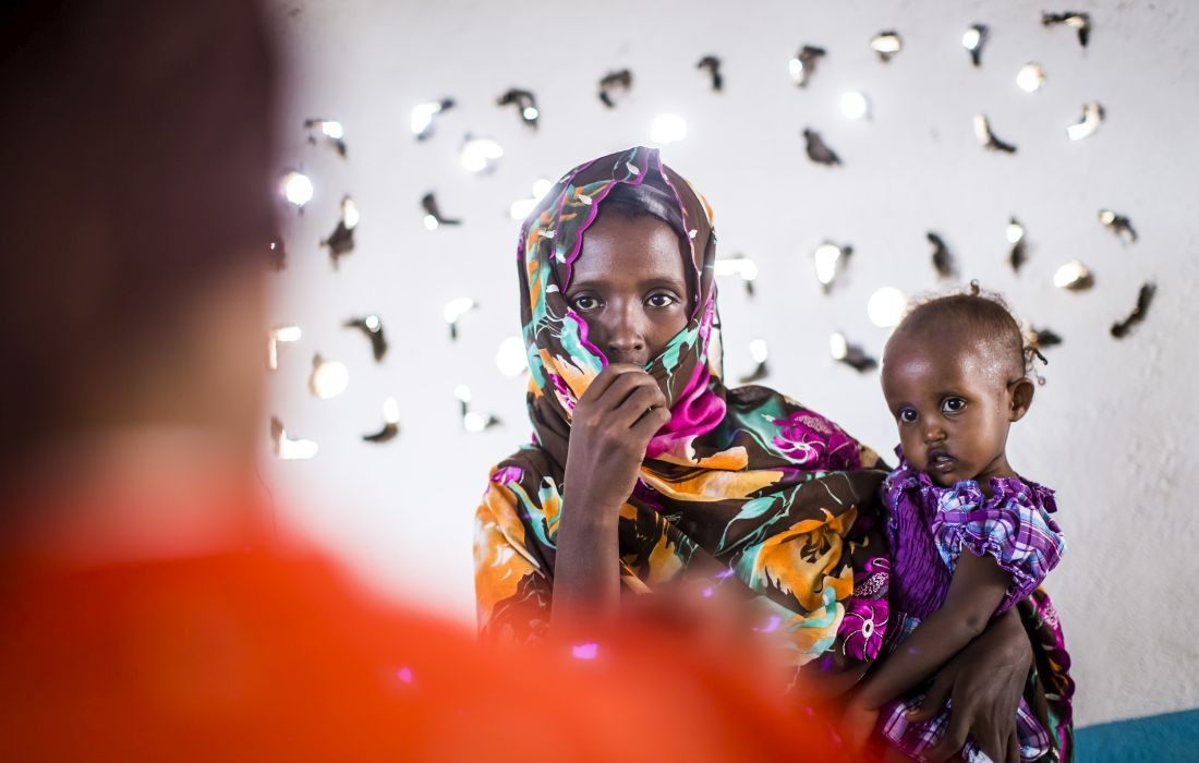Ernährungsprogramm der Johanniter an unterernährte Kleinkinder Sonntag den (28.10.12) im Nutrition Center Balbala 2 in Dschibuti.  Foto Jakob Studnar