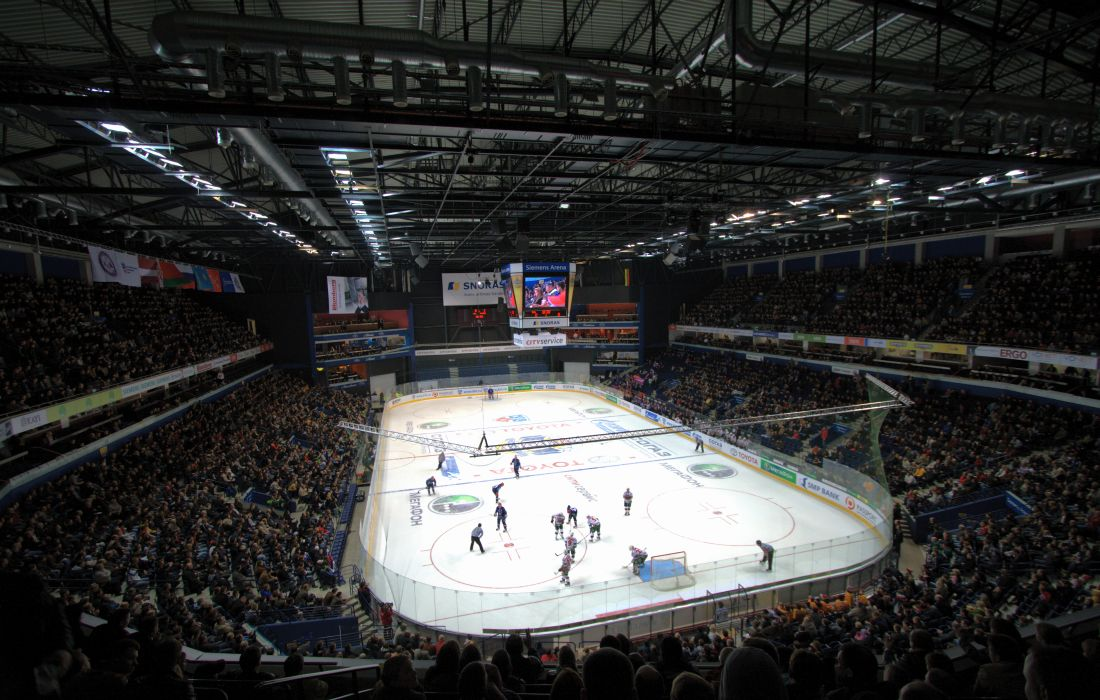 Siemens_Arena_during_ice_hockey_match