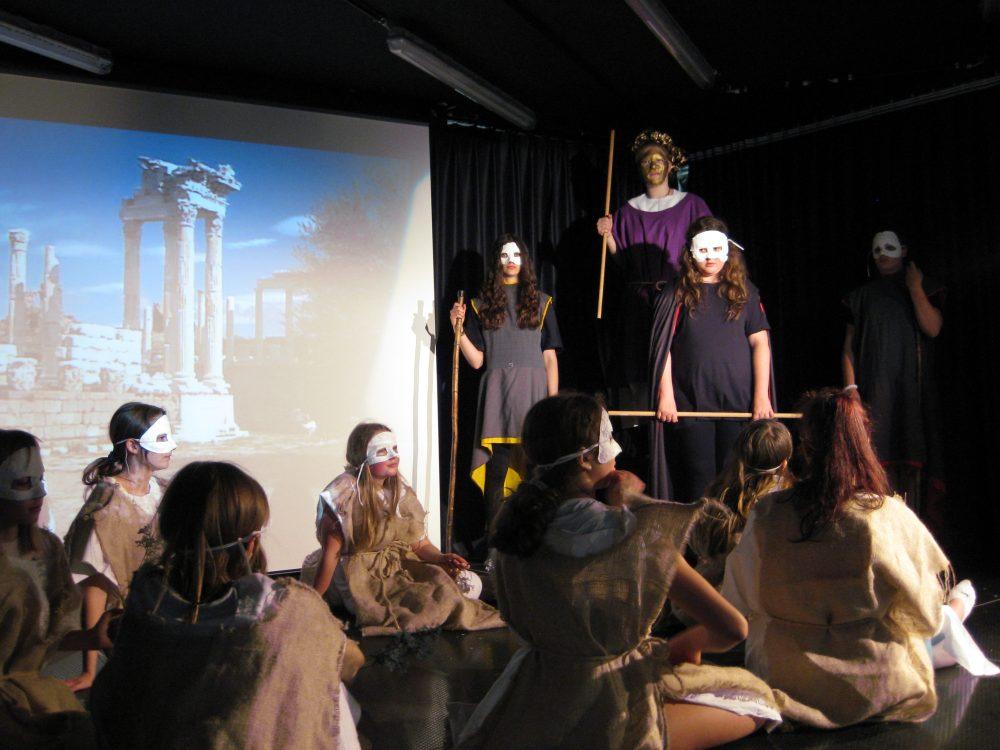 Schulaktion Theateraufführung Konzert