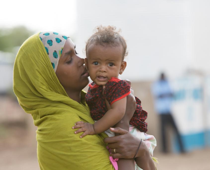 Frauen und Kinder GEMEINSAM FÜR AFRIKA_©GEMEINSAM FÜR AFRIKA/Trappe