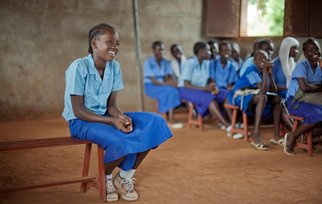 Kenia kostenlose Damenbinden für Schülerinnen - Foto: Laura Pannack Oxfam