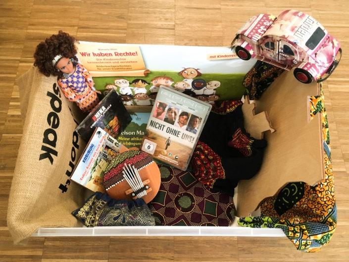 Der Afrika-Koffer für Schulen ©GEMEINSAM FÜR AFRIKA
