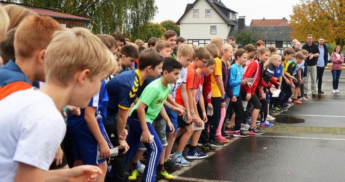 """Gesamtschule Niederaula startet den """"Run for help"""" zugunsten von GEMEINSAM FÜR AFRIKA"""