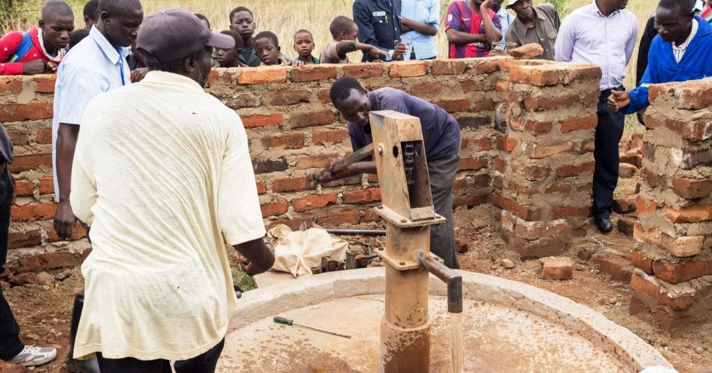 Sambia-Reise: Brunnenprojekt in Mukuni. Foto: GEMEINSAM FÜR AFRIKA
