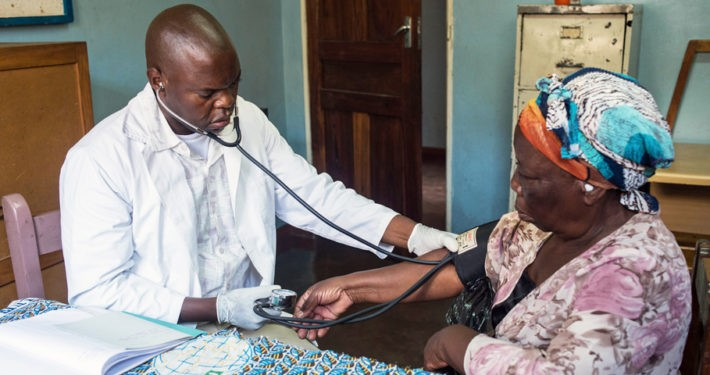 Sambia-Reise: Besuch der mobilen Ambulanz & Augenklinik in Lusaka.