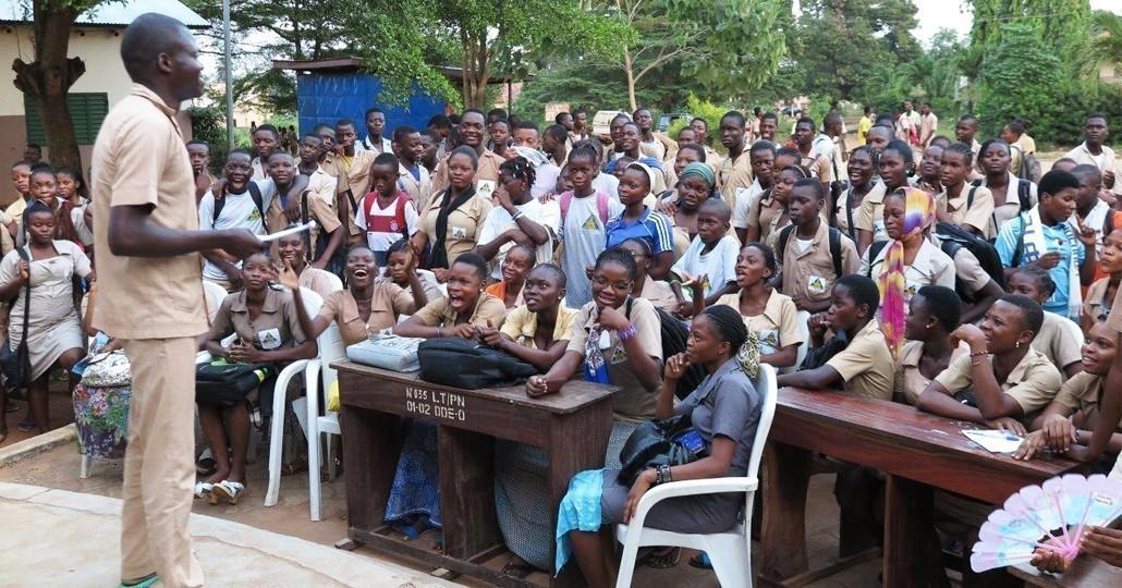Unsere Mitgliedsorganisation Kinderrechte Afrika e.V. schult Peer Educators in Benin._© Kinderrechte Afrika e.V.
