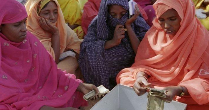 Frauen-Spargruppe im Tschad._©Care Deutschland-Luxemburg