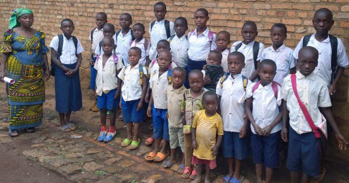 Kinder in Kanyola (Kongo) erhalten durch ChildFund Deutschland e.V. die Chance auf einen Schulbesuch._©ChildFund Deutschland e.V.