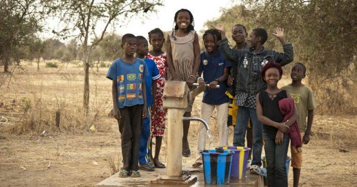 Burkina Faso: Gesunde Schulkinder und Familien dank sauberem Wasser und Hygiene_©Helvetas / Simon B. Opladen