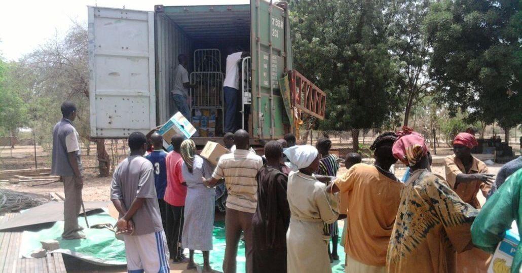 Sudan: Medizinisches Material für Krankenhaus©Aktion Canchanabury
