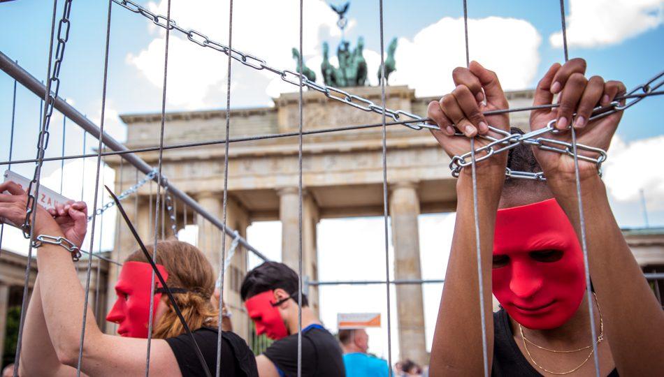 Pressefoto vom Sklavenmarkt in Berlin - Foto2 ©GEMEINSAM FUER AFRIKA/ Steffen Junghanß