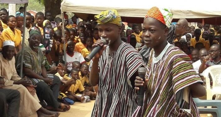 Eine Theateraufführung in Ghana_©Horst Buchmann/Kinderrechte Afrika