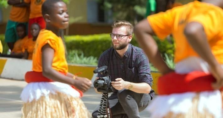 Flo in Uganda_©Gemeinsam für Afrika/Stefan Trappe