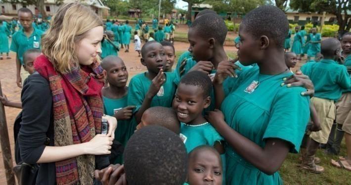 Lisa Sophie Laurent in Uganda_©Gemeinsam für Afrika/Stefan Trappe