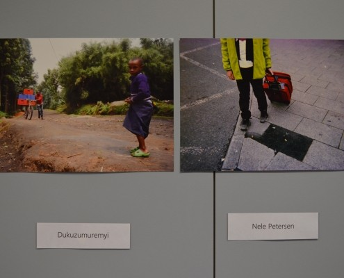 """Schul-Aktion: Schüler*innen der Realschule Netphen machen eine Fotoausstellung mit dem Titel """"Sichtweisen junger Menschen aus Ruanda und Netphen auf ihre Welt""""_©Realschule Netphen"""