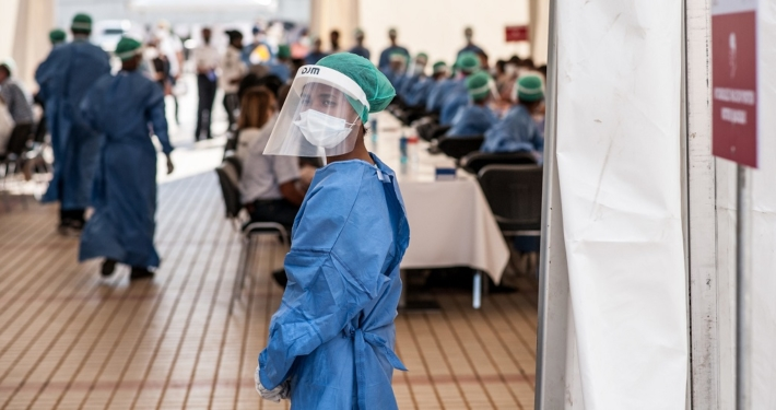 Symbolbild: weibliches Gesundheitspersonal