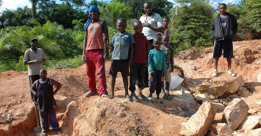 Kinderarbeit in Minen